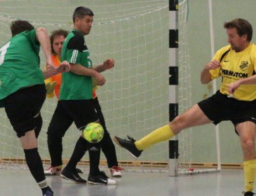 Alte Helden des FC werden Zweiter beim Hallenturnier in Geretsried