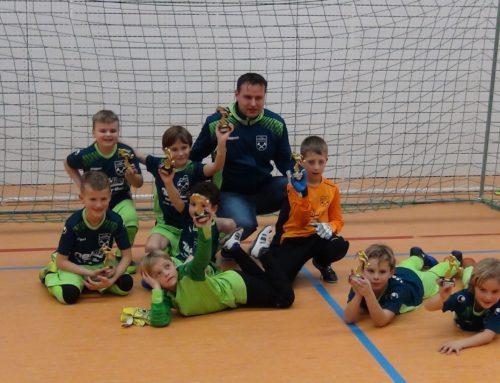 Turniersieg der F2-Jugend beim Hallenturnier des TSV Peisssenberg, 1. Platz